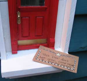 Urban Fairies, fairy doors, fairy door, Fairies, fairy doors of Ann Arbor, original fairy doors, Red Shoes